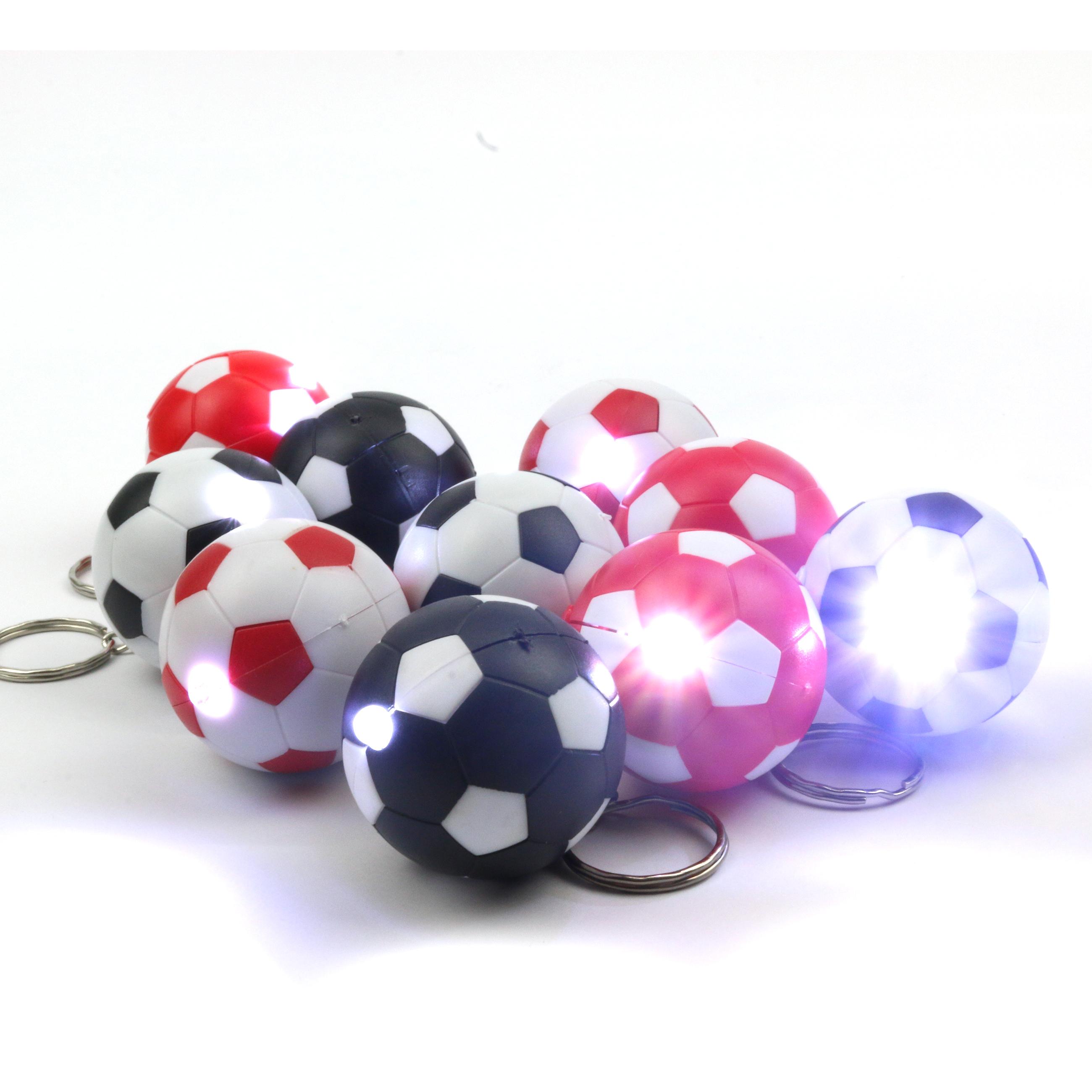 10x Fußball Schlüsselanhänger mit LED-Lampe in 4 Farbkombinationen